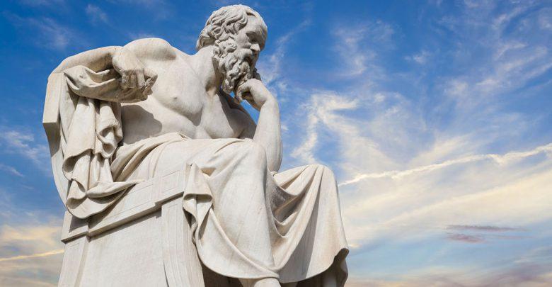 سقراط و عرف عام