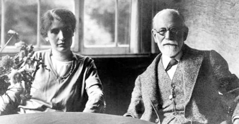 زندگی آنا فروید : خدمات و دیدگاههای او