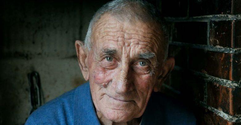 پیری ، نظریههای زیستی و عوامل ایجادکننده آنها